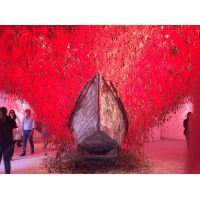 Padiglione Giapponese - Chiharu Shiota - Follow the line